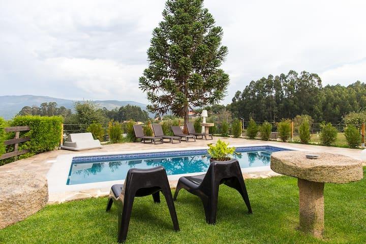 Exclusiva casa rural con piscina Salnés Pontevedra