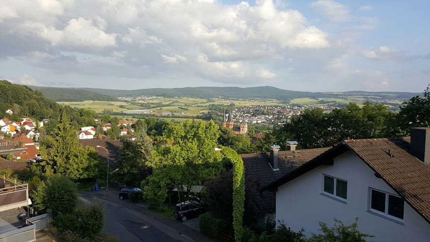 Südhang Fernblick über Gelnhausen - Gelnhausen - Apartment