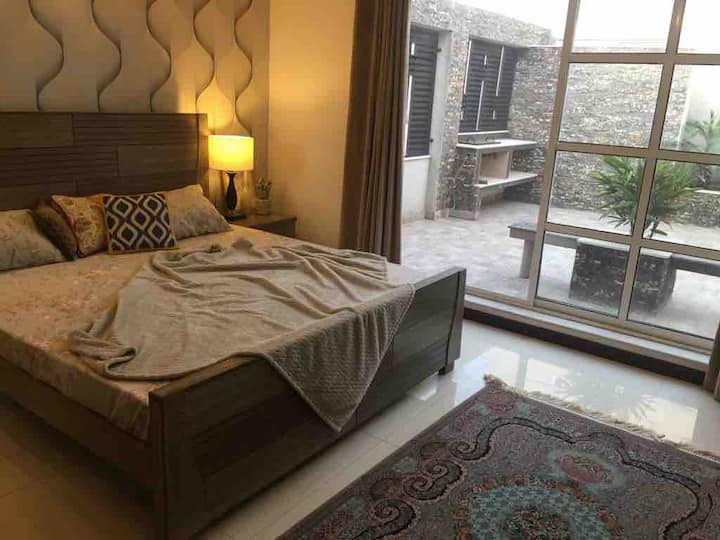Comfortable room near LUMS