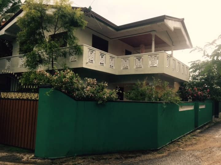 2 Story House in Walahanduwa - Galle. 5Bed 2Bath.