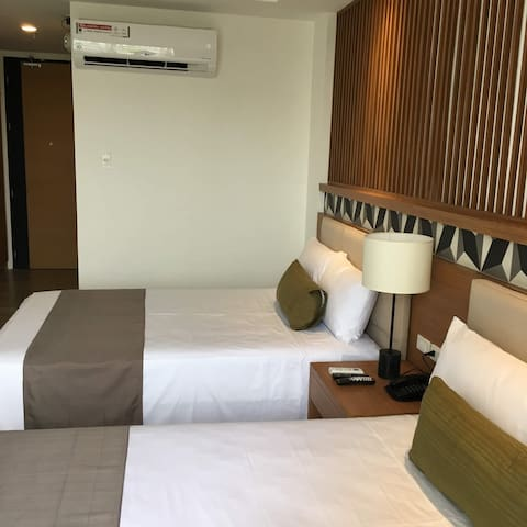 The Crown Residences, Suite Room