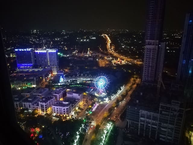 I-CITY JUNIOR SUITE/WiFi/NETFLIX/Theme Park view