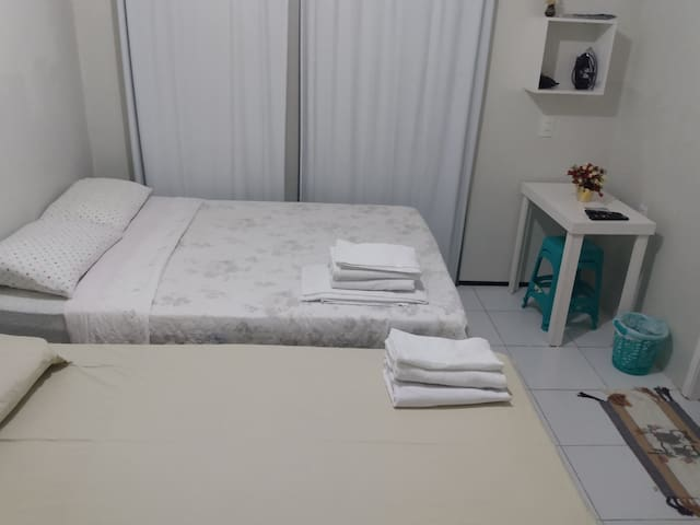 Room5_Iracema's beach _Near Beira Mar avenue.