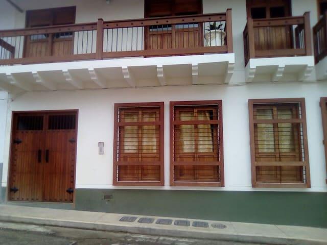 Apartamentos la 10 - 202