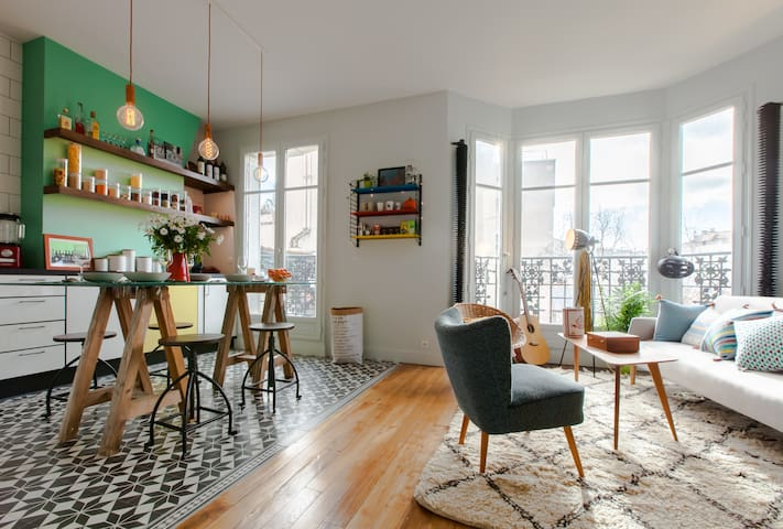 Charming flat in hip Belleville