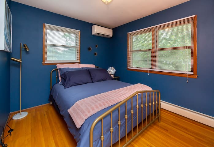 Room For Everyone - easy access from I94