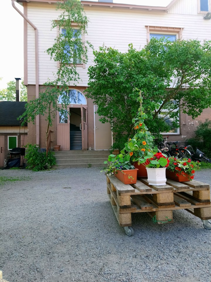 Cottage near center of Turku + sauna