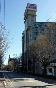 순천역부근  청춘창고 맞은편에 위치한  숙소입니다 - Suncheon-si