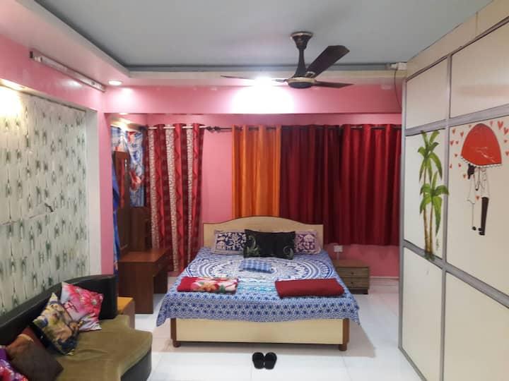 COOL COSY ROOM IN ANDHERI/MUMBAI