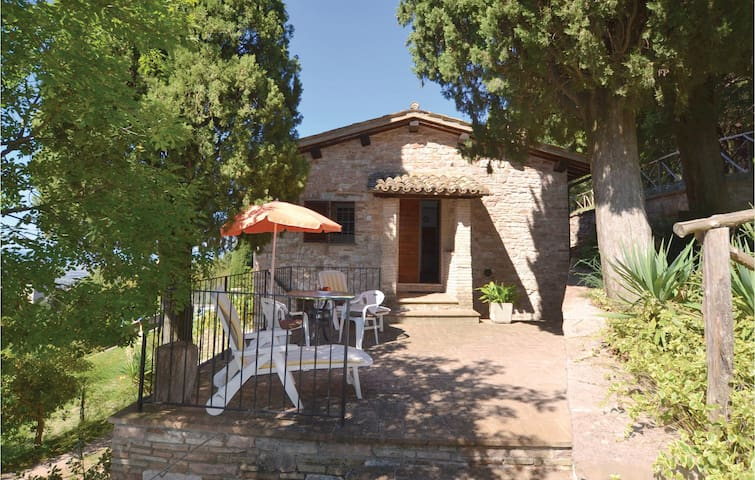 Semi-Detached with 2 bedrooms on 75m² in Assisi Pg