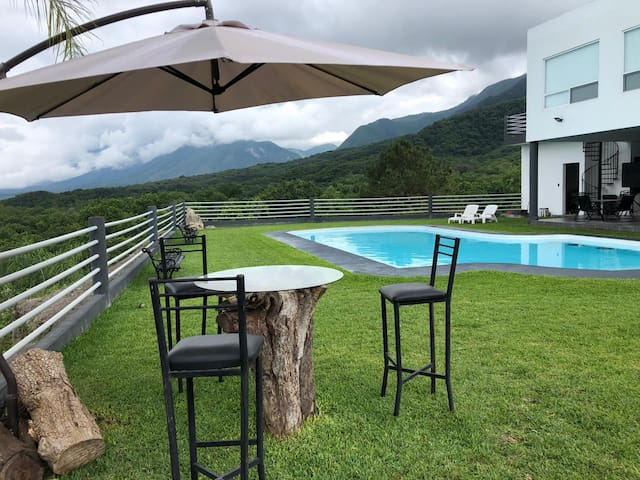 country house with panoramic view in Santiago, N.L