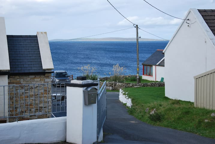 Christina's Cottage - Achill - Rumah