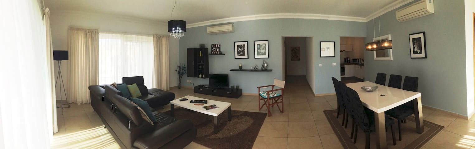 Bright and cozy apartment in Sliema - Sliema - Appartement
