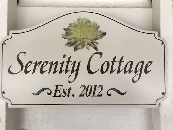 Serenity Cottage (single bed)