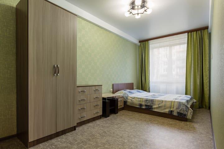 2к.кв.Ю.Гагарина,26, у АваПетер, м. Московская