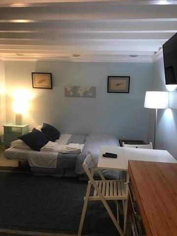 Manhattan Beach Sweet Suite