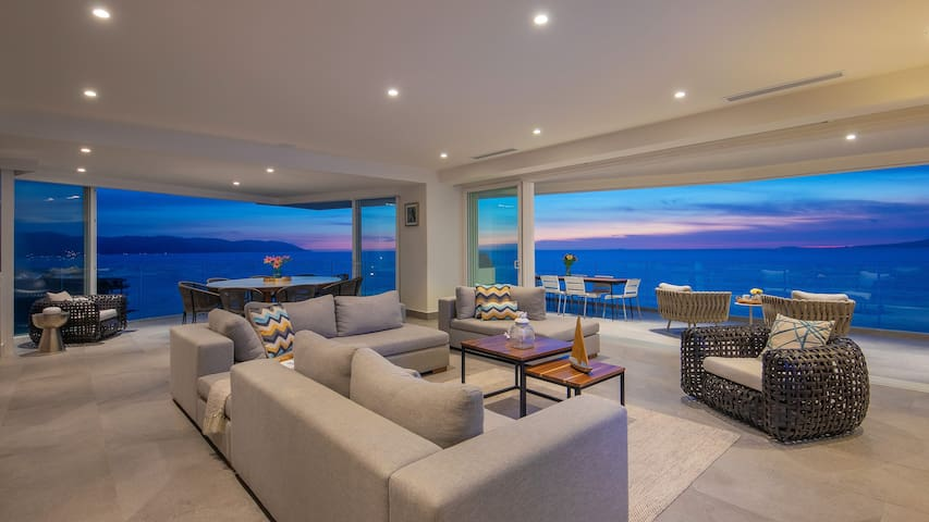 14C Sayan beach newest improved INDAH 4bedrooms