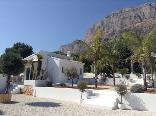 An oasis of tranquillity on the Montgo in Javea - Xàbia - Cabane