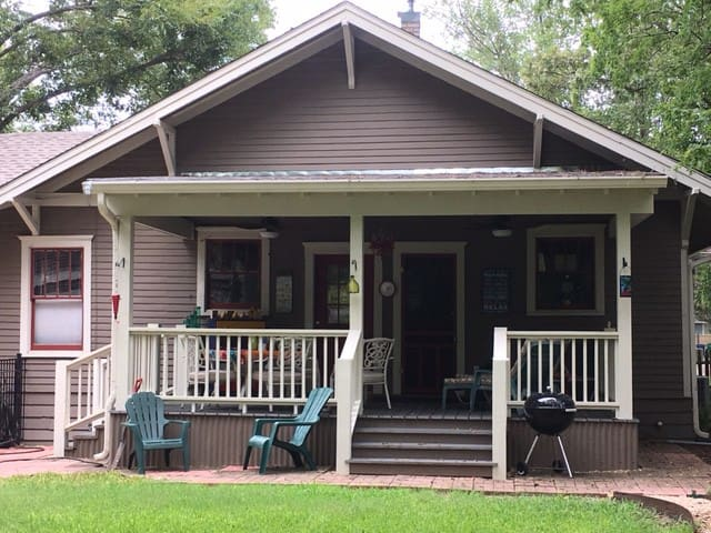 Getaway Cottage - Charming Historic 1910 Craftsman