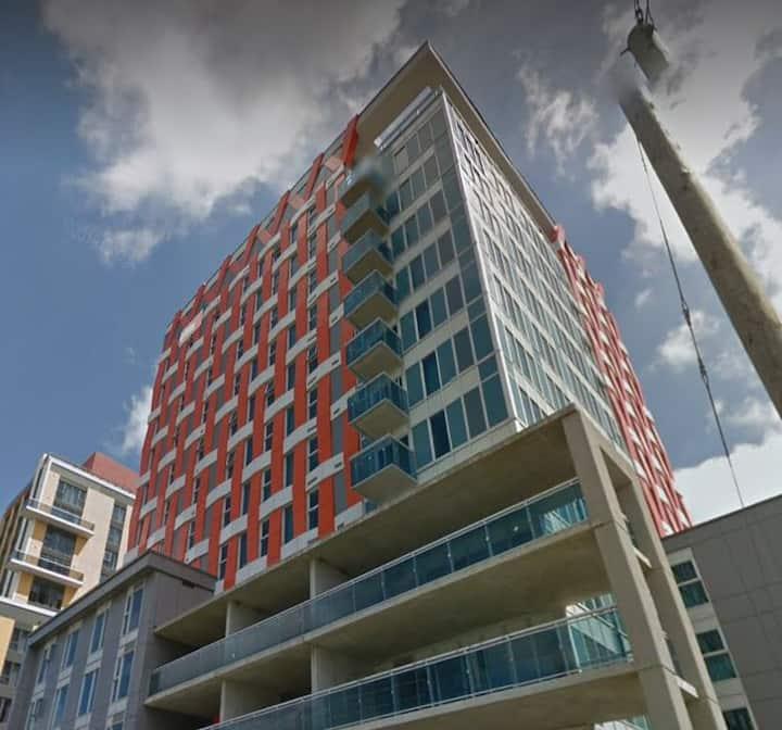 2 Bdrm Penthouse *Albert Suites*