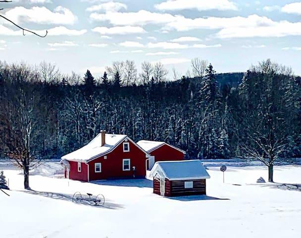 Our Finnish Farmhouse, ski, snowshoe, close to ABR