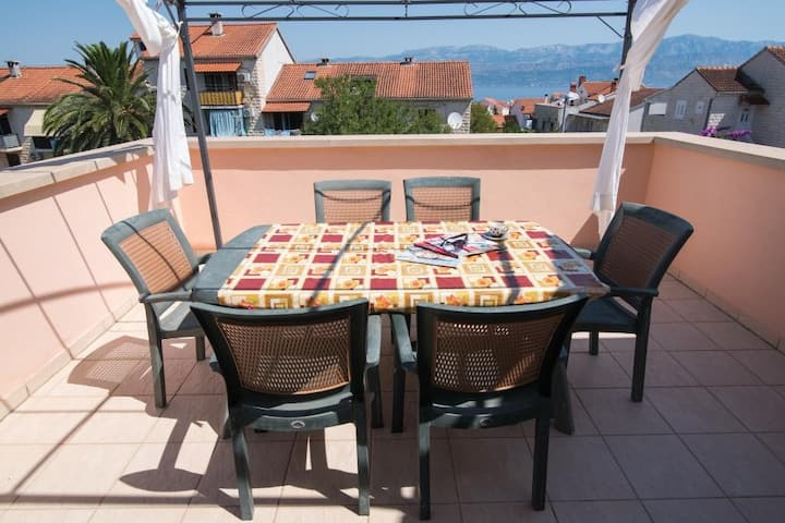 Apartments Seka - Two Bedroom Apartment with Terrace and Sea View