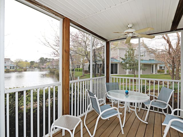 56162: Lakefront 3BR Sea Colony West condo! Private beach, pools, tennis ...