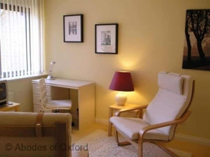 Oxford City Centre   Self-Catering Apartment   Double
