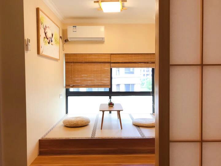 合益居--全新装修,东站附近,舒适的两卧室公寓