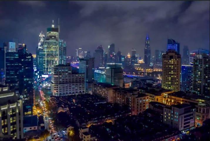 顶楼,两个阳台PENTHOUSE LOFT可以看到豫园和外滩, Yuyuan Garden Bund - Shanghai - Apartment
