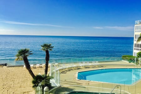 Oceanfront Carbon Beach Escape - Malibu - Daire