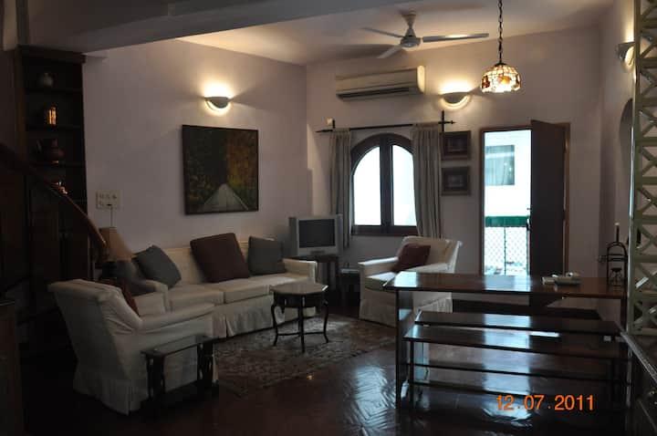 Central Delhi Lodhi Gardens AC Flat - The Snuggery