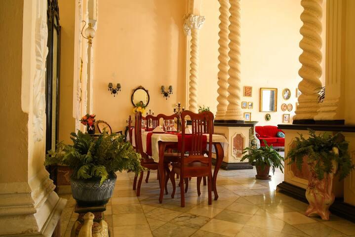Palacio BARON en Xagua #2 ( Centro Cienfuegos)