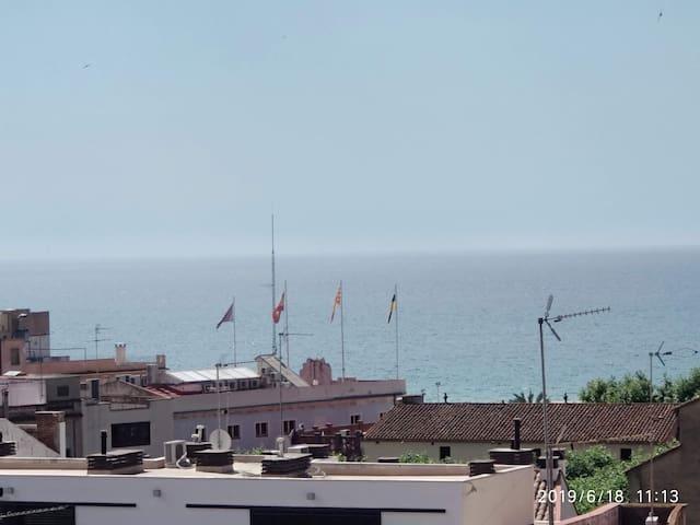 Ideal para unos dias, mar y turismo en Barcelona .