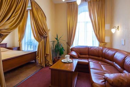 Двухкомнатный люкс с джакузи - Sankt-Peterburg