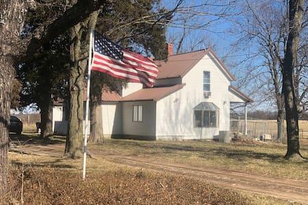 Mount Vernon farm stay