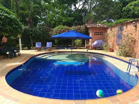 Hermosa Finca Santa Fe de Antioquia con piscina