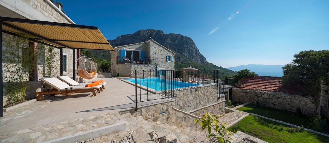 Luxury in the Wilderness of Makarska