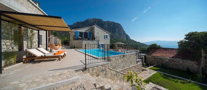 Luxury in the Wilderness of Makarska