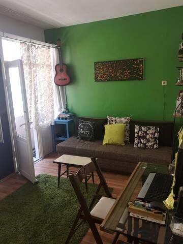 Kadıköy'deTemiz ve sakin bir ev