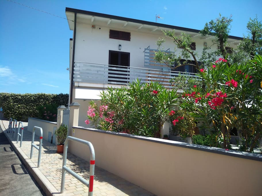 Appartement Pompeo Ici On Parle Francais Apartments For Rent In Agliana Pistoia Italy