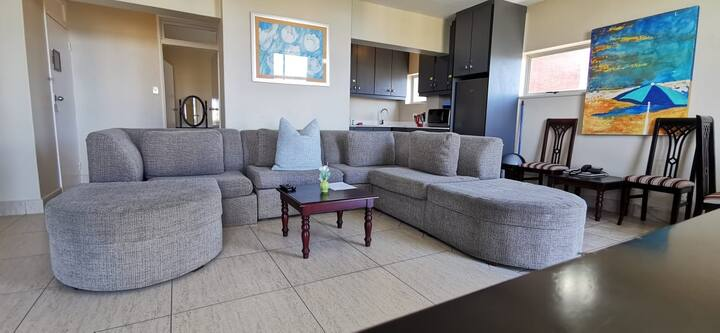 Clean and Sanitized Family Suite (PARKING + WIFI)