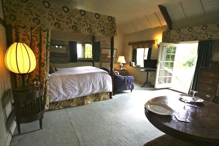 Romantic four poster Derbyshire - Starkholmes - Appartement