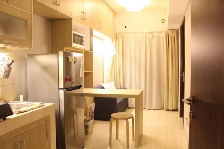 Apartment Unit in Serpong, 5 guest