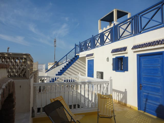Riad de charme pour un séjour de rêve à Essaouira - Essaouira - House