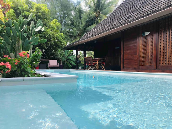 Wood Beach House Moorea, plage privée et piscine