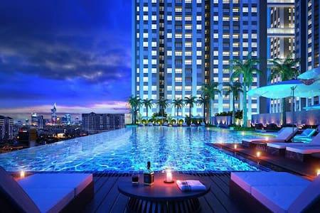 Stunning Horse Square condo D2 - Hồ Chí Minh - 아파트