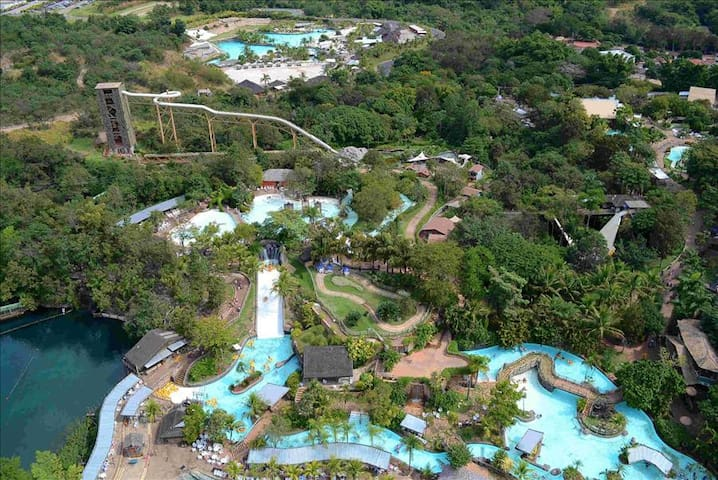 Rio Quente + Hotel Cristal + Hot Park Included  + Parque das Fontes + 7 nights - Rio Quente - Annat