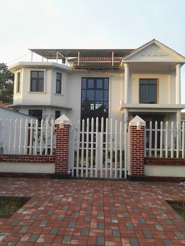 Jim's villa