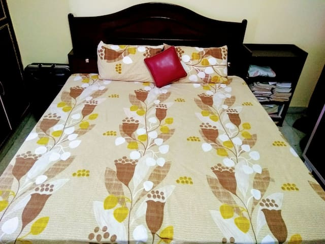 Affordable n Pleasant stay near Doon Velly